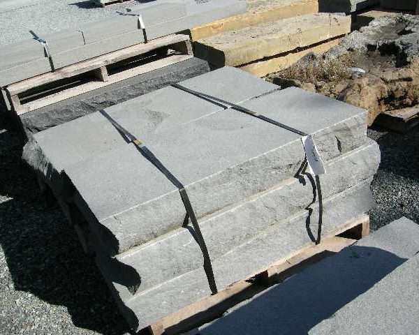 Thermal Bluestone Riser